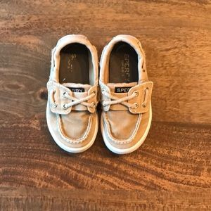 Sperry Toddler boat shoes size 7